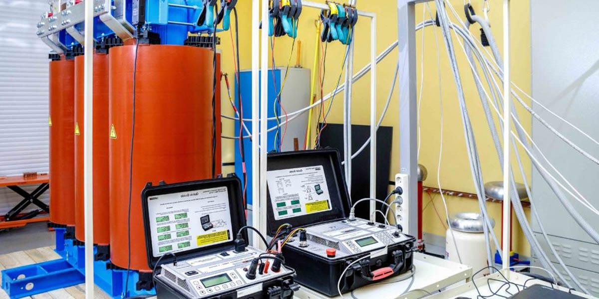 izmeritelnaya elektrolaboratoriya - Измерительная электролаборатория